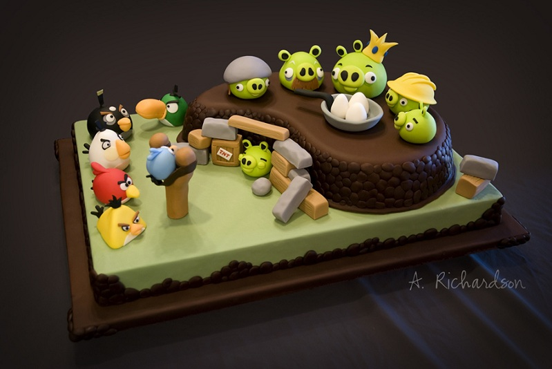 Picture of the Day: Angry BirdsCake!