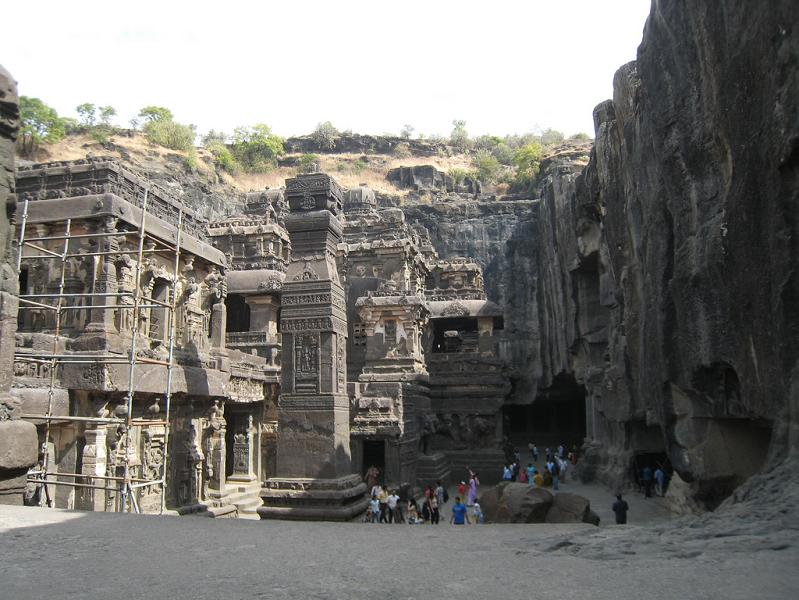 ellora caves india mountain temples 13 The Ellora Caves: Cliff Temples of India [25 pics]
