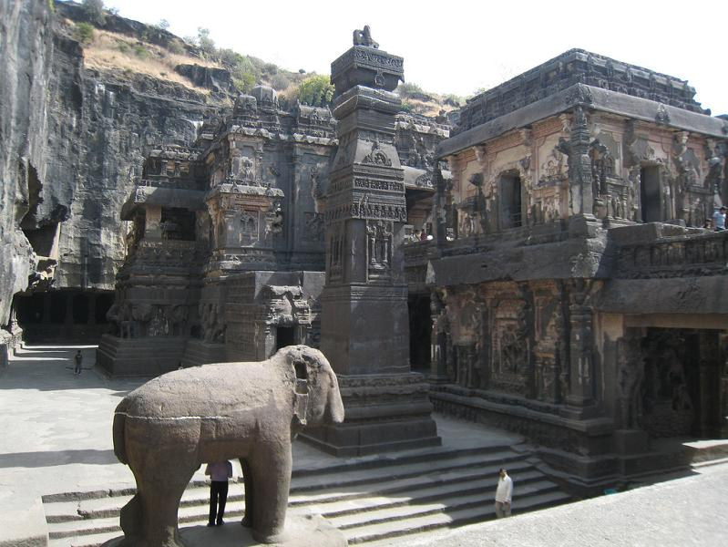 ellora caves india mountain temples 14 The Ellora Caves: Cliff Temples of India [25 pics]