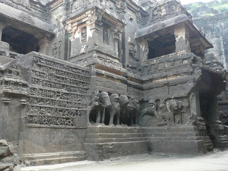 ellora caves india mountain temples 21 The Ellora Caves: Cliff Temples of India [25 pics]