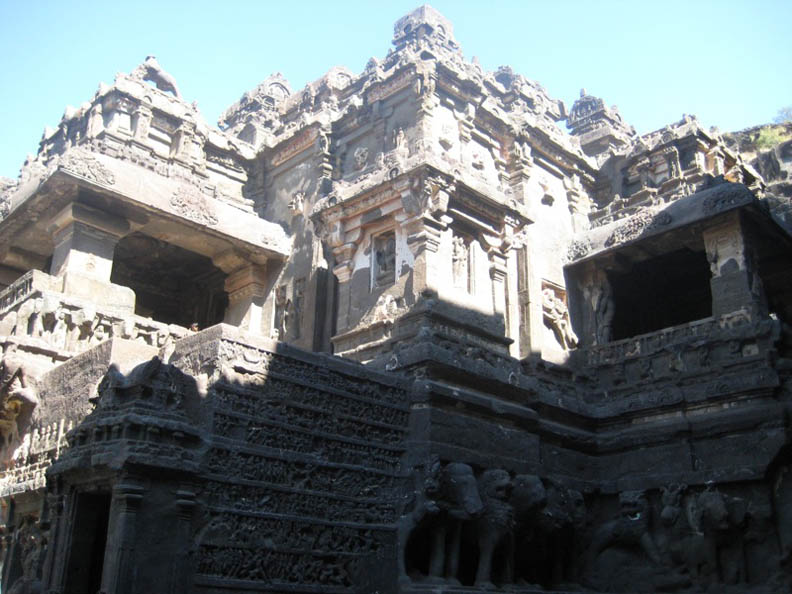 ellora caves india mountain temples 22 The Ellora Caves: Cliff Temples of India [25 pics]