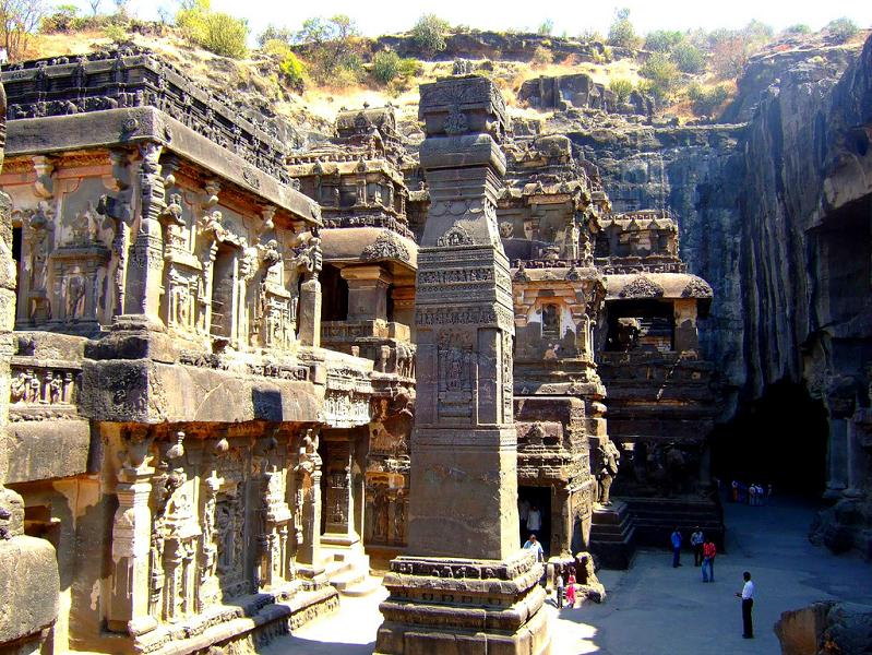 ellora caves india mountain temples 23 The Ellora Caves: Cliff Temples of India [25 pics]