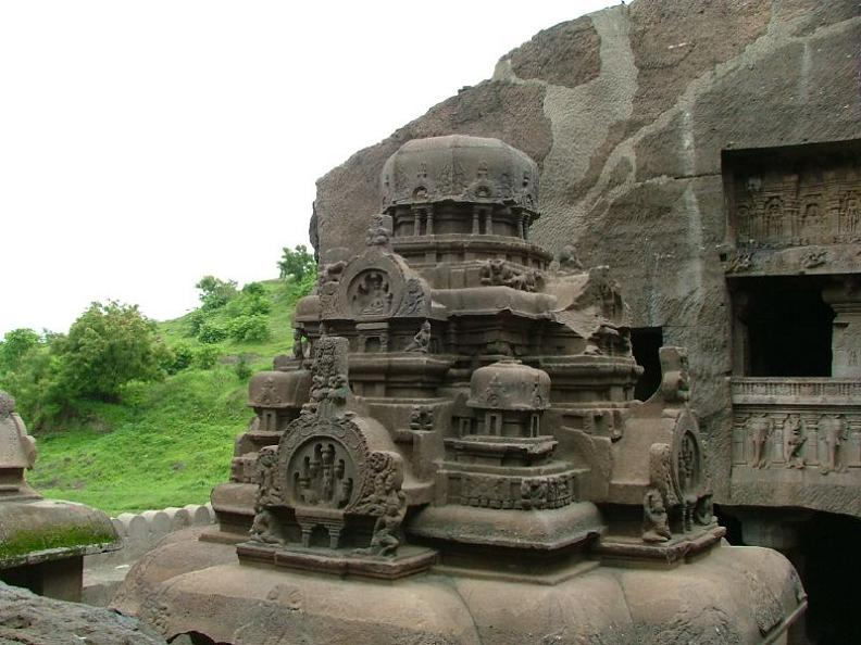 ellora caves india mountain temples 25 The Ellora Caves: Cliff Temples of India [25 pics]