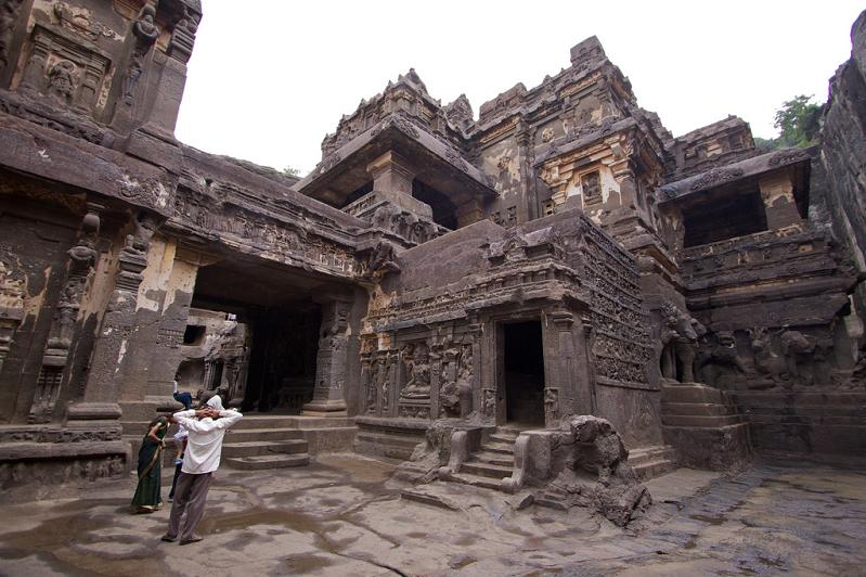 ellora caves india mountain temples 3 The Ellora Caves: Cliff Temples of India [25 pics]