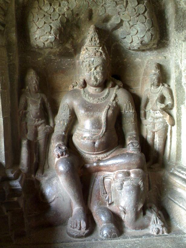 ellora caves india mountain temples 7 The Ellora Caves: Cliff Temples of India [25 pics]