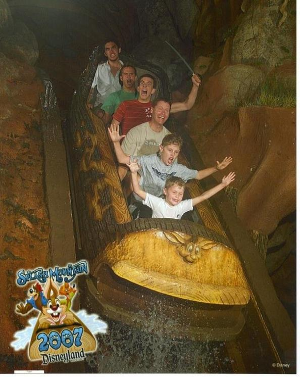 funny splash mountain sword 21 Hilarious Pics from Disney Worlds Splash Mountain