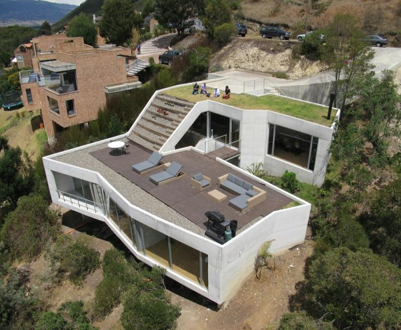 Beautiful home on a steep hill with incredible view 14 for Slope home design
