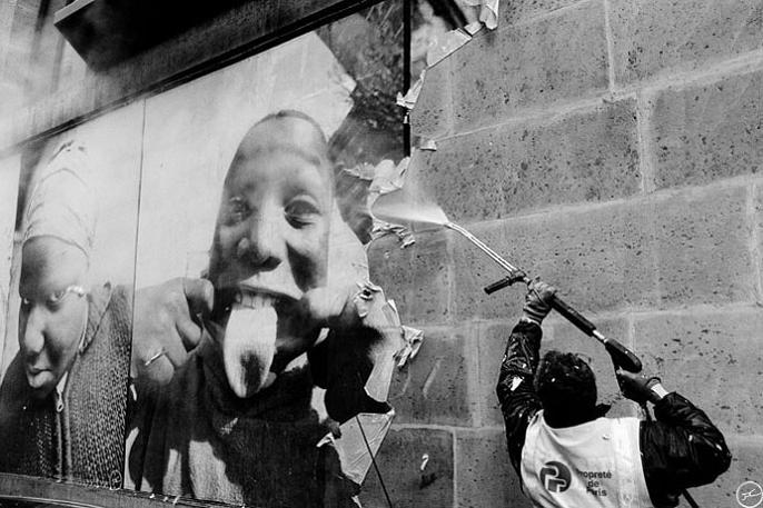 jr street art big photographs 2011 ted prize winner 12 2011 TED Prize Winner: Street Artist JR [40 pics]