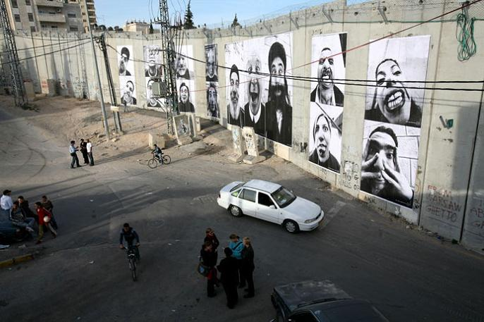 jr street art big photographs 2011 ted prize winner 14 2011 TED Prize Winner: Street Artist JR [40 pics]