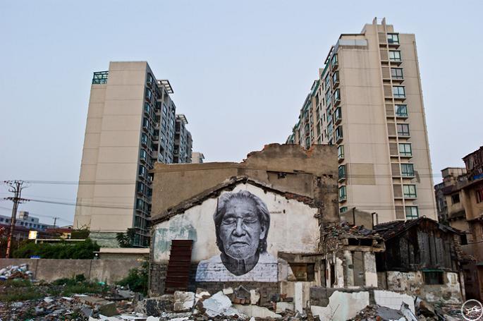 jr street art big photographs 2011 ted prize winner 17 2011 TED Prize Winner: Street Artist JR [40 pics]