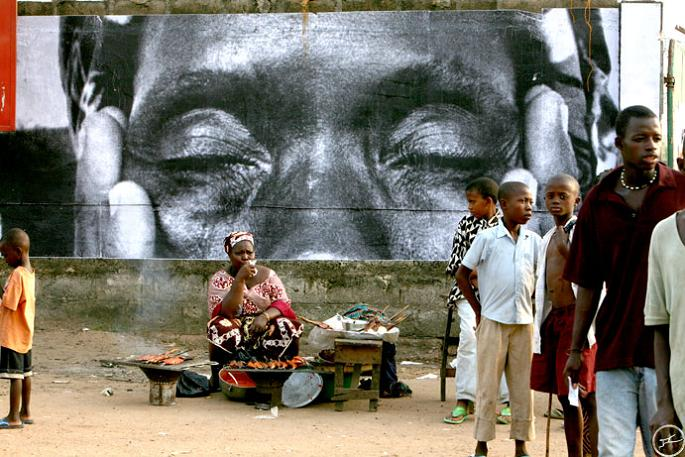 jr street art big photographs 2011 ted prize winner 20 2011 TED Prize Winner: Street Artist JR [40 pics]