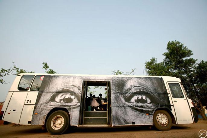 jr street art big photographs 2011 ted prize winner 23 2011 TED Prize Winner: Street Artist JR [40 pics]