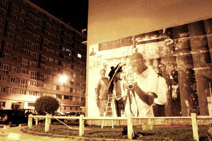 jr street art big photographs 2011 ted prize winner 28 2011 TED Prize Winner: Street Artist JR [40 pics]