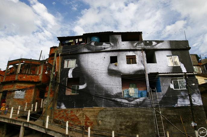 jr street art big photographs 2011 ted prize winner 33 2011 TED Prize Winner: Street Artist JR [40 pics]