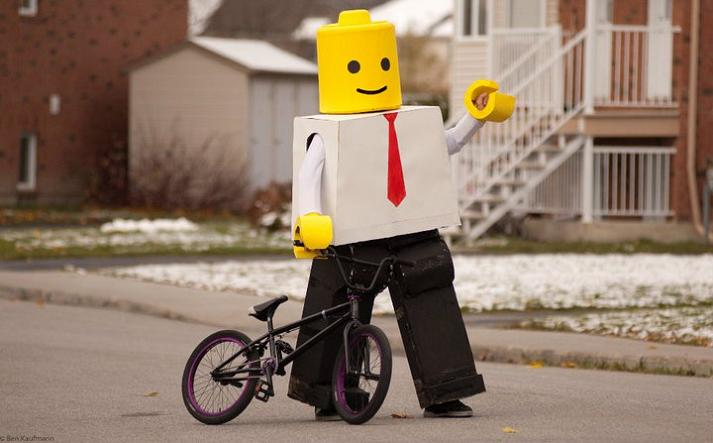lego man funny halloween costume 25 Hilarious Halloween Costumes