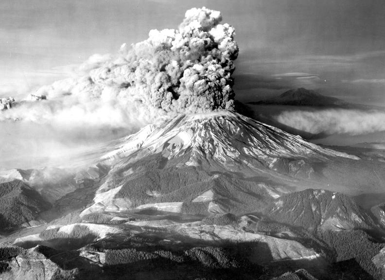 mount st helens Natures Fury: 30 Chilling Photos of Natural Hazards