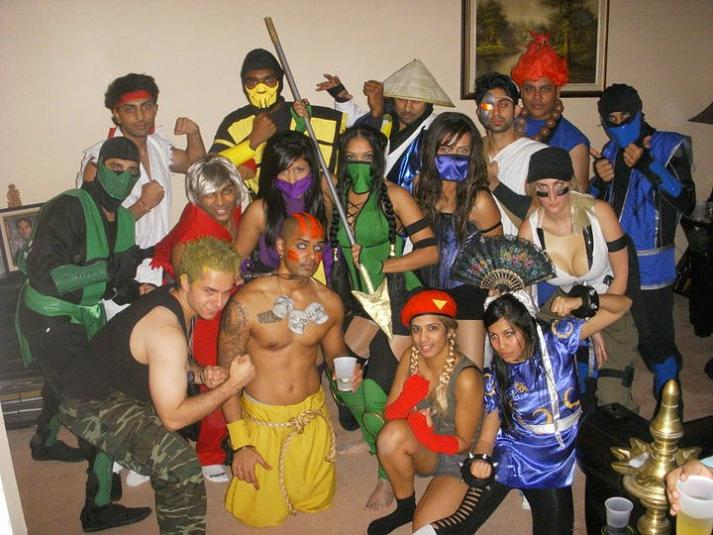 street fighter mortal kombat group funny halloween costume 25 Hilarious Halloween Costumes