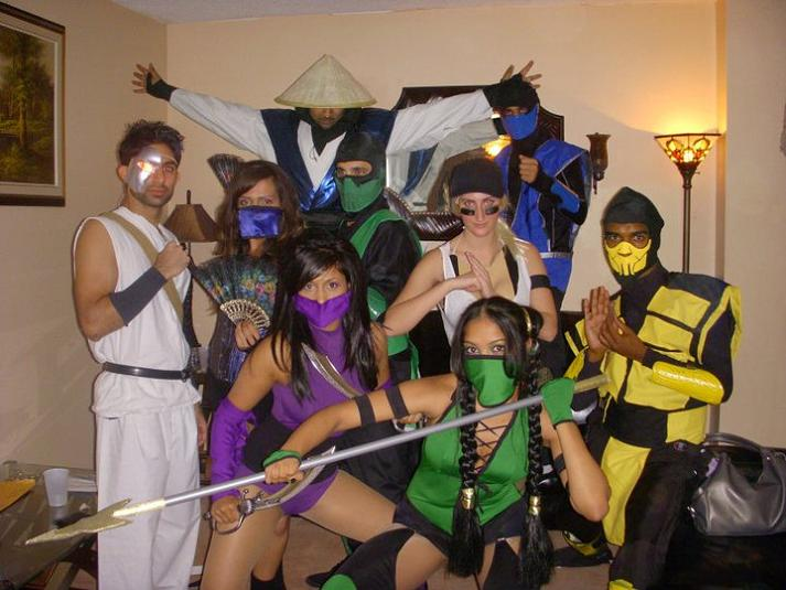 street-fighter-mortal-kombat-group-halloween-costume