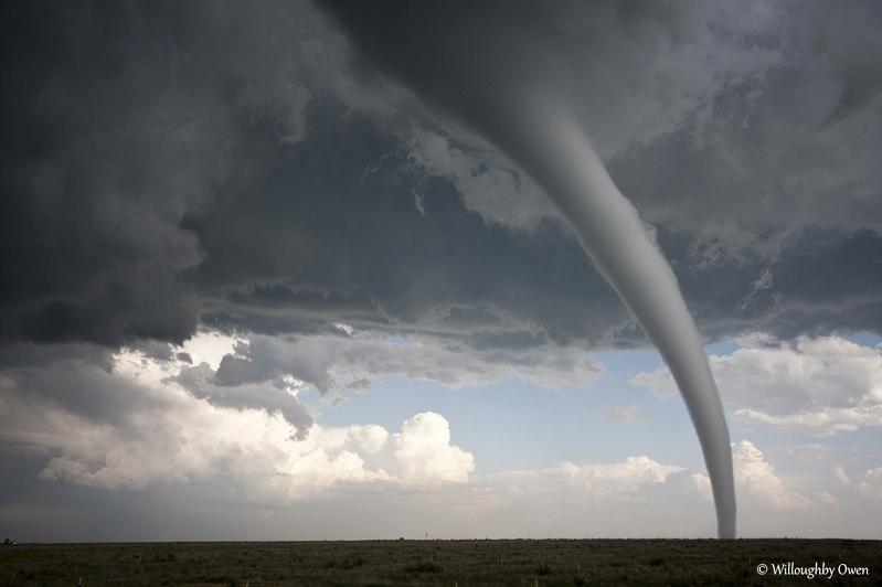 tornado Natures Fury: 30 Chilling Photos of Natural Hazards