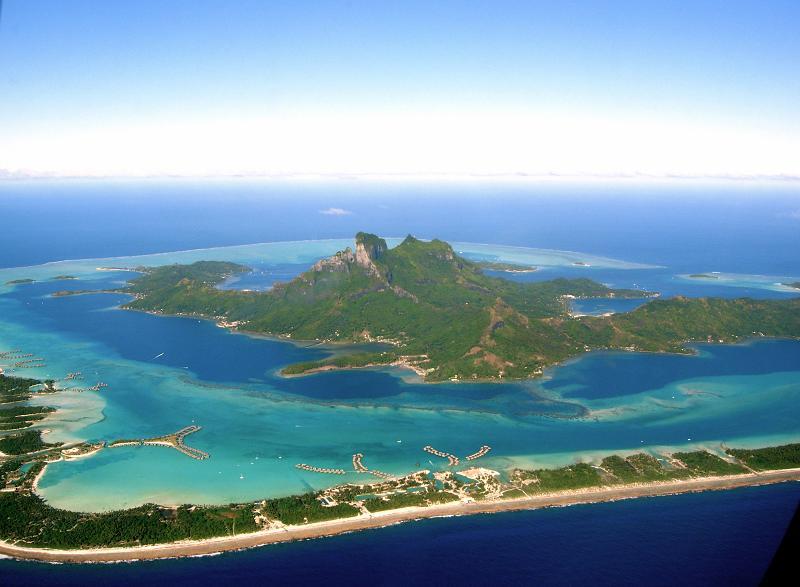 bora bora french polynesia 15 25 Stunning Photographs of Bora Bora
