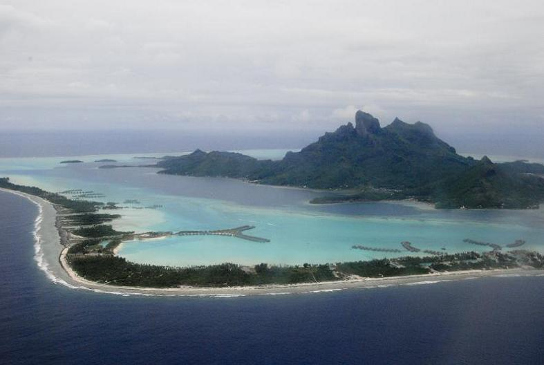 bora bora french polynesia 18 25 Stunning Photographs of Bora Bora