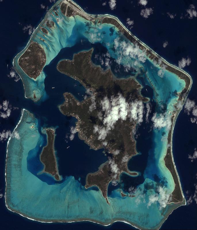 bora bora french polynesia 24 25 Stunning Photographs of Bora Bora