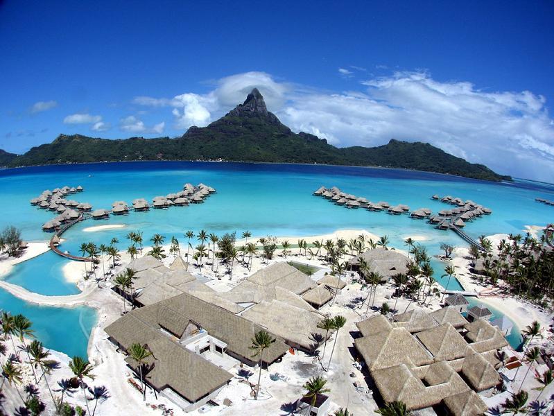 bora bora french polynesia 3 25 Stunning Photographs of Bora Bora