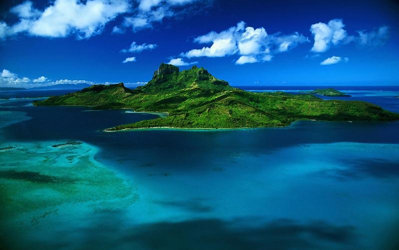 bora bora french polynesia 7 25 Stunning Photographs of Bora Bora
