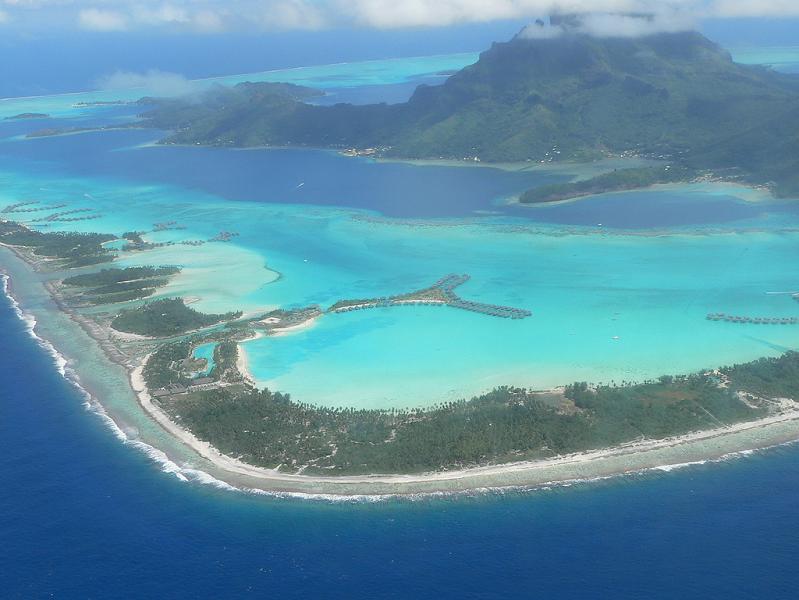 bora bora french polynesia 25 Stunning Photographs of Bora Bora