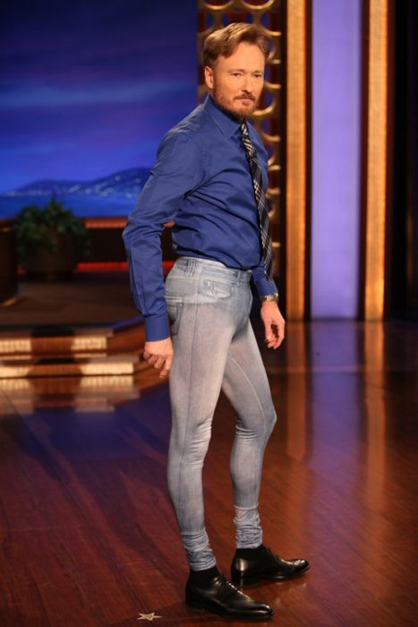 conan in jeggings The Friday Shirk Report   December 10, 2010 | Volume 87