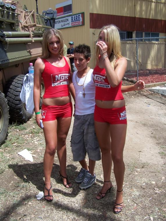 hover-hands-funny-21