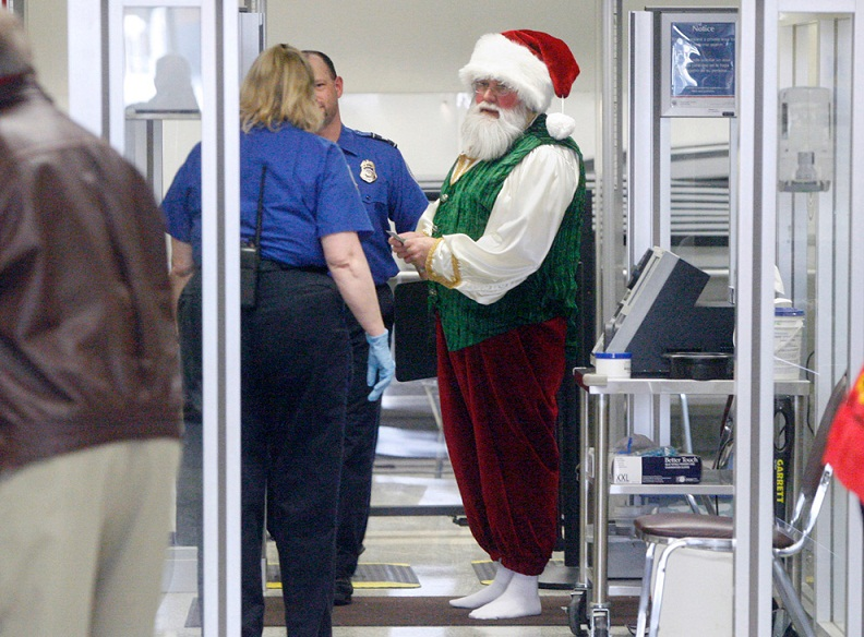 Picture of the Day: Ho-Ho-Hold on Santa | Dec. 15, 2010
