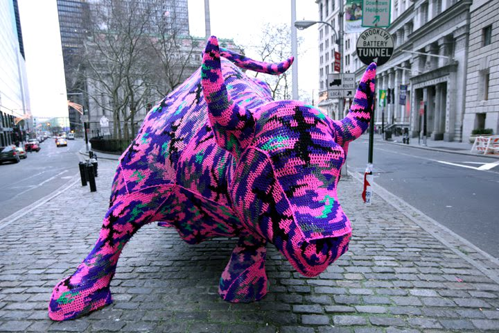 wall street bull covered in wool sweater crocheted Picture of the Day: The Wool Street Bull | Dec. 29, 2010