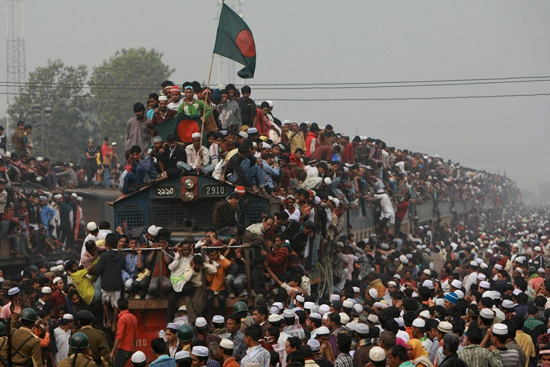 Picture of the Day: Busiest. Train. Ever.