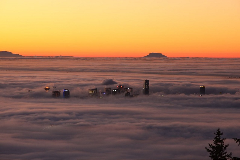 Picture of the Day: Fog Rolls Through Vancouver