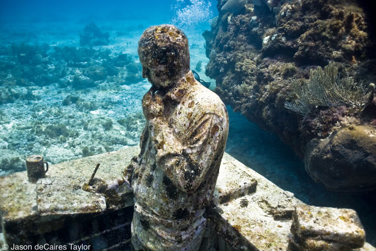 jason decaires taylor artist underwater sculpture Astonishing Underwater Sculptures by Jason deCaires Taylor [30 pics]