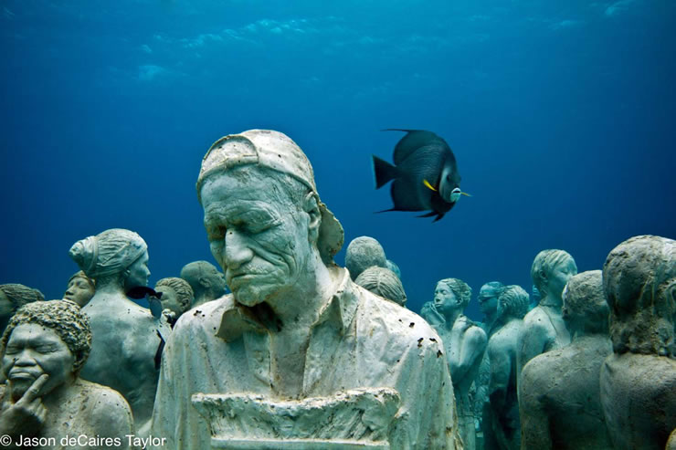 underwater sculptures artist jason decaires taylor artificial reefs 11 Astonishing Underwater Sculptures by Jason deCaires Taylor [30 pics]