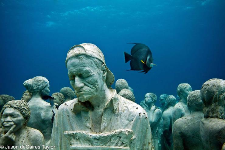 underwater sculptures artist jason decaires taylor artificial reefs 11 Astonishing Underwater Sculptures by Jason deCaires Taylor [30 pics]