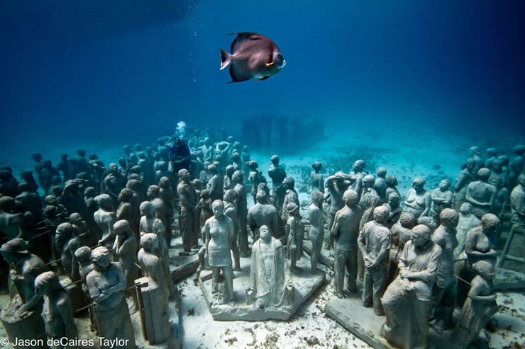 underwater sculptures artist jason decaires taylor artificial reefs 13 Astonishing Underwater Sculptures by Jason deCaires Taylor [30 pics]