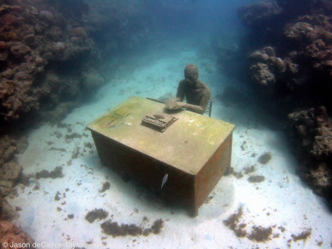 underwater sculptures artist jason decaires taylor artificial reefs 20 Astonishing Underwater Sculptures by Jason deCaires Taylor [30 pics]