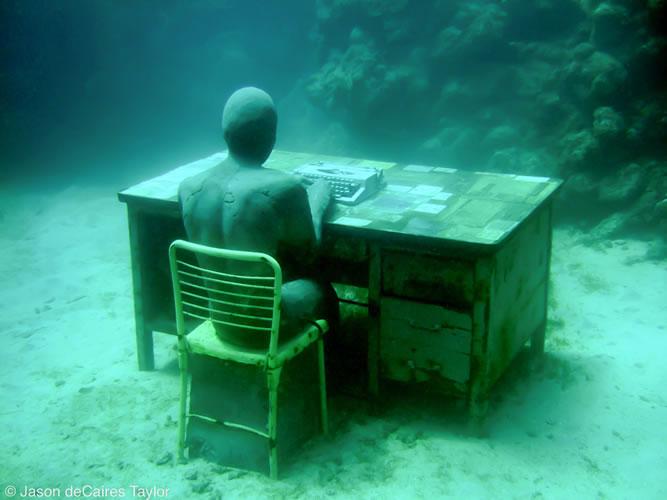underwater sculptures artist jason decaires taylor artificial reefs 22 Astonishing Underwater Sculptures by Jason deCaires Taylor [30 pics]