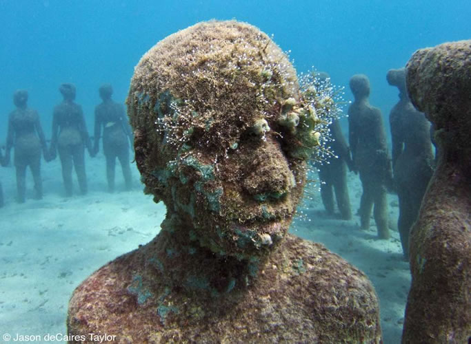underwater sculptures artist jason decaires taylor artificial reefs 29 Astonishing Underwater Sculptures by Jason deCaires Taylor [30 pics]