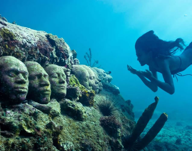 underwater sculptures artist jason decaires taylor artificial reefs 3 Astonishing Underwater Sculptures by Jason deCaires Taylor [30 pics]