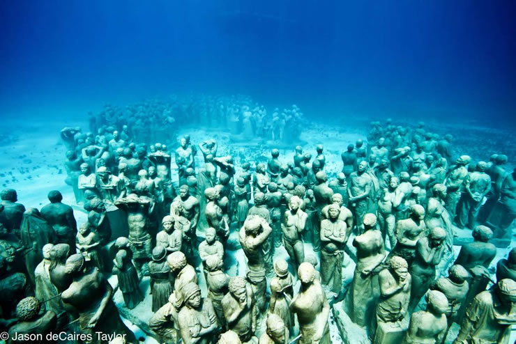 underwater sculptures artist jason decaires taylor artificial reefs 9 Astonishing Underwater Sculptures by Jason deCaires Taylor [30 pics]