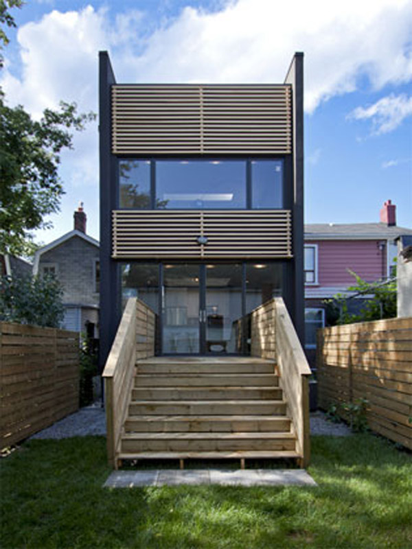251 lumsden toronto shaft house reza aliabadi 18 Shaft House by Reza Aliabadi   Tall House, Narrow Lot