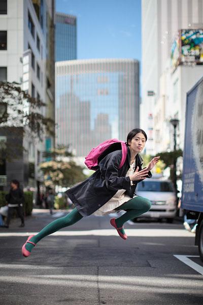 japanese girl levitates natsumi hayashi 9 Natsumi Hayashi: A Life of Levitation [25 pics]