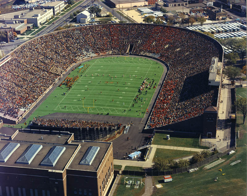 minnesota memorial stadium aerial 25 Incredible Aerial Photos of Stadiums Around the World