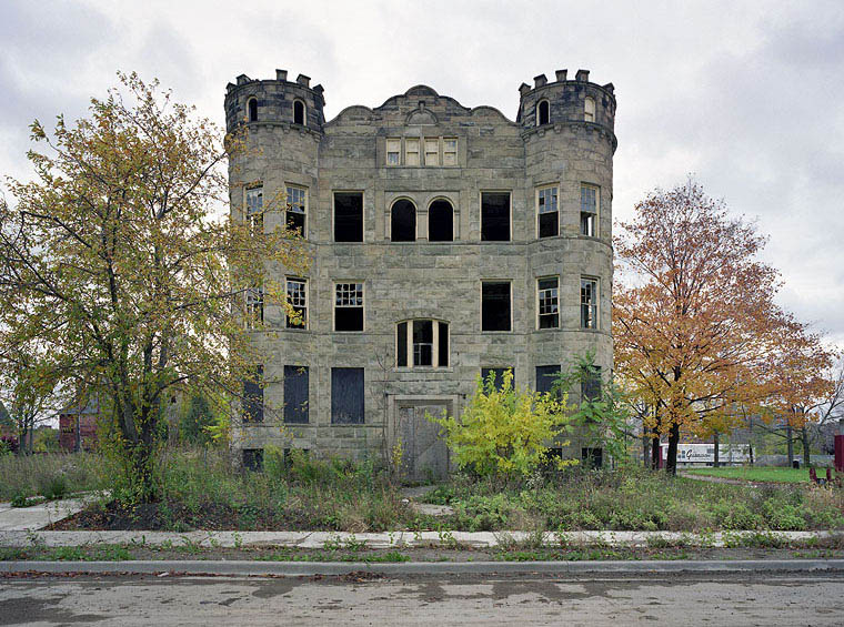 ruins of detroit yves marchand romain meffre 8 The Ruins of Detroit