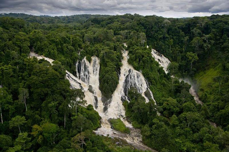 djidji waterfalls ivindo national park ogoouc3a9 ivindo province gabon 25 Mind Blowing Aerial Photographs Around the World
