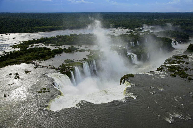 iguazu waterfalls misiones province argentina and brazil 25 Mind Blowing Aerial Photographs Around the World